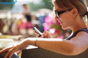 Vinaphone khuyến mãi ngày váng 7/10 tặng 50% giá trị thẻ nạp