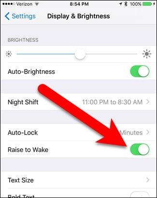 """Cách tắt tính năng tự động sáng màn hình  """"Raise to Wake"""" trên iOS 10"""